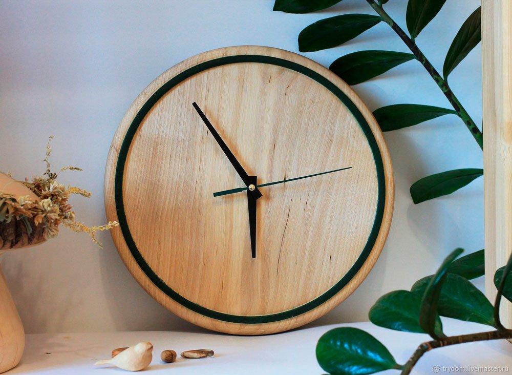 Идеальный декор для интерьера – элегантные часы