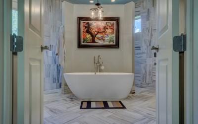 Вечный вопрос: что выбрать душевую кабину или ванну?
