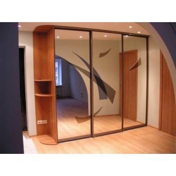 Шкаф-купе с зеркальными дверями под заказ 5