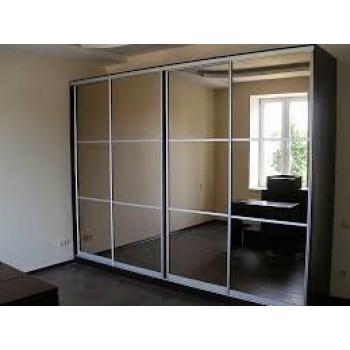 Шкаф-купе с зеркальными дверями под заказ 18