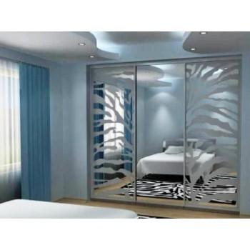 Шкаф-купе с зеркальными дверями под заказ 8