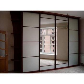 Шкаф-купе с зеркальными дверями под заказ 9