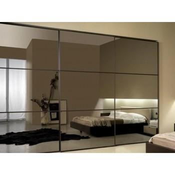 Шкаф-купе с зеркальными дверями под заказ 1
