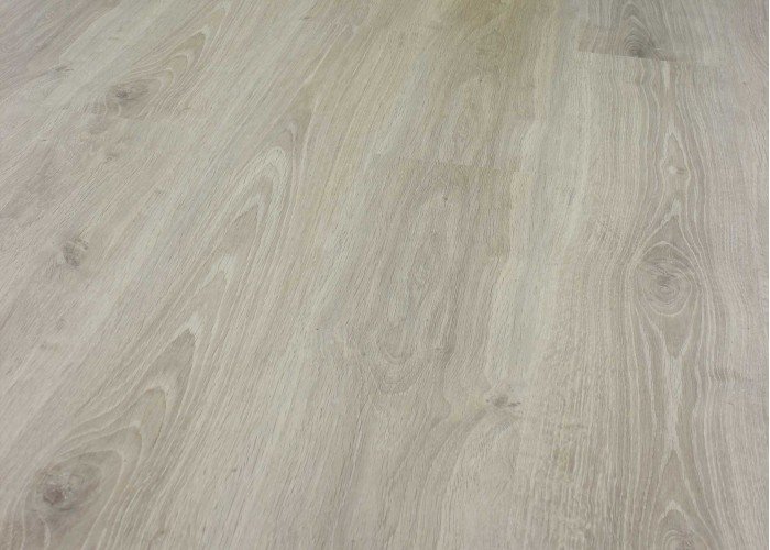 Ламинат Faus Wood Tempo: OAK VICTORIAN   1Т01   Дуб   33 класс    2