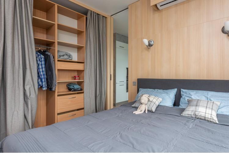 Существующая гардеробная в новой квартире – фото интерьера № 1502