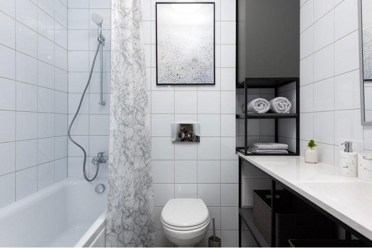 Ванная в дизайн-проекте смарт- квартиры ЖК PARKLAND, 43 м.кв.— дизайнер Ирина Сазонова