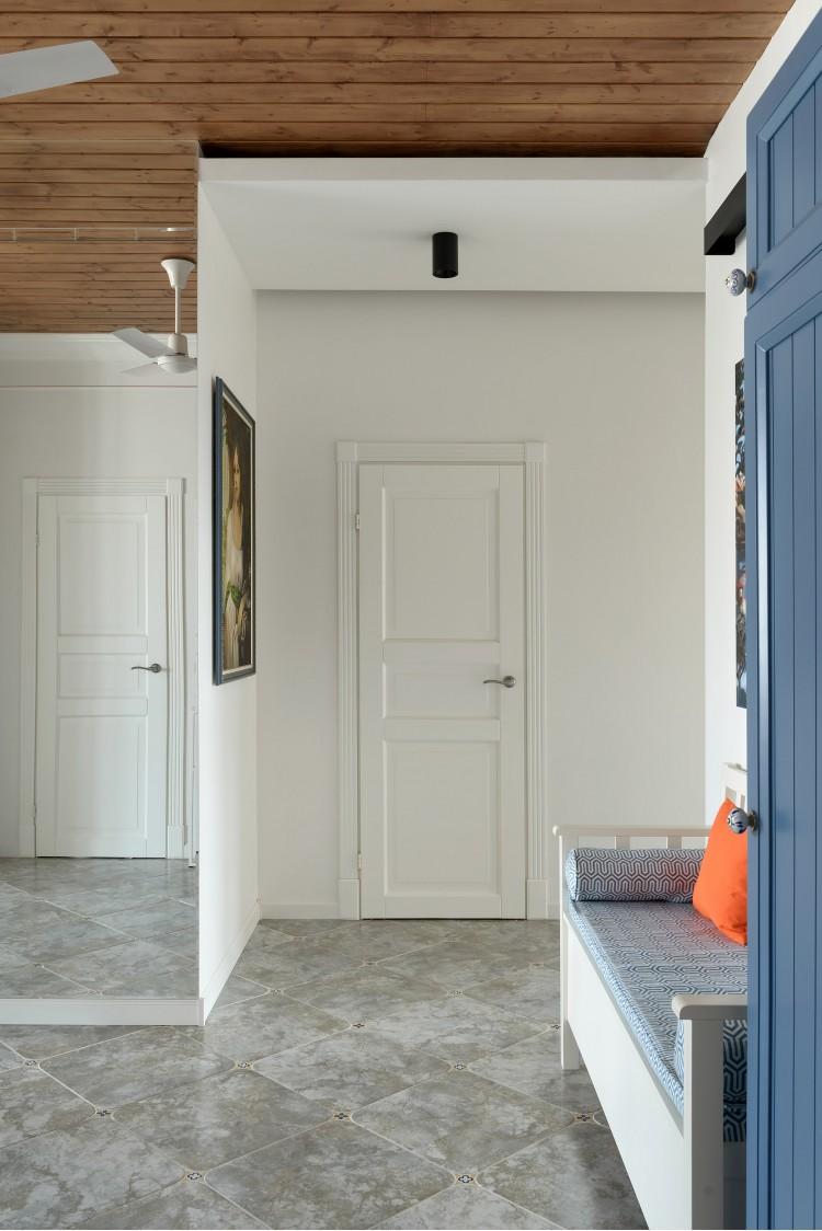 """Объединение пространства через зеркальные стены — Дизайн-проект 2-комнатной квартиры """"Forever young"""" White Cozy Home в ЖК River Stone, 85м.кв — дизайнер Сазонова Ира"""