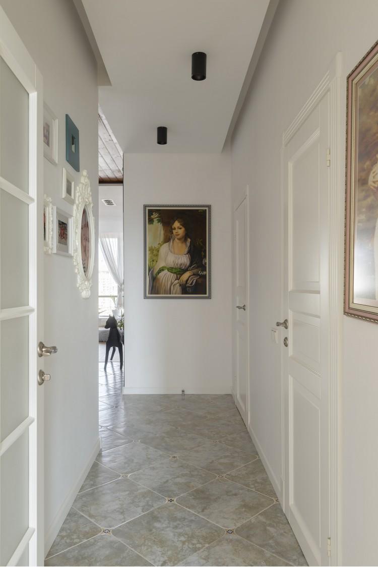 """На выходе из спальни — Дизайн-проект 2-комнатной квартиры """"Forever young"""" White Cozy Home в ЖК River Stone, 85м.кв — дизайнер Сазонова Ира"""