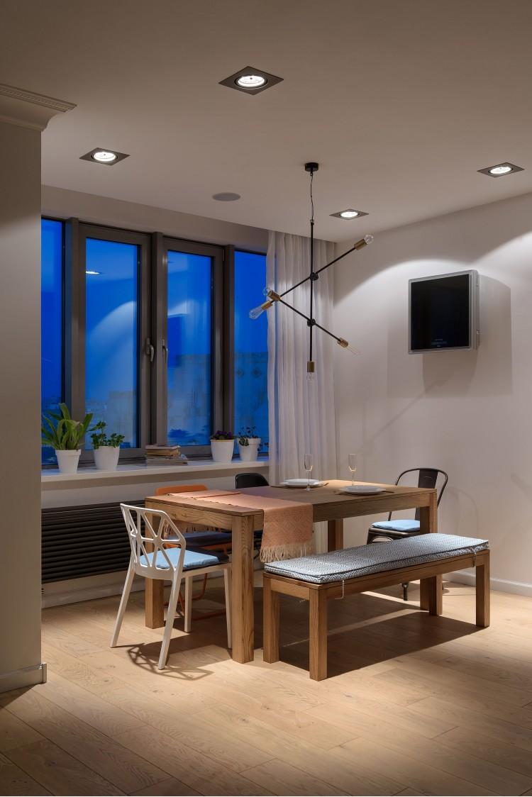 """Вечерняя обеденная зона — Дизайн-проект 2-комнатной квартиры """"Forever young"""" White Cozy Home в ЖК River Stone, 85м.кв — дизайнер Сазонова Ира"""