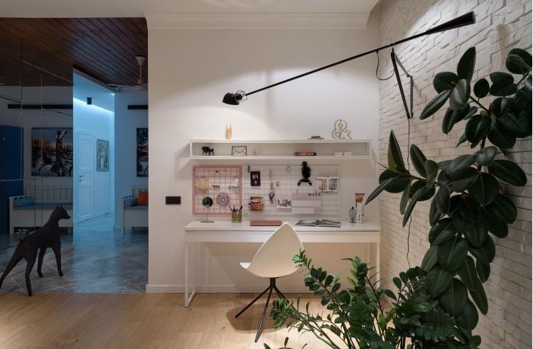 """Освещение зоны письменного стола — Дизайн-проект 2-комнатной квартиры """"Forever young"""" White Cozy Home в ЖК River Stone, 85м.кв — дизайнер Сазонова Ира"""