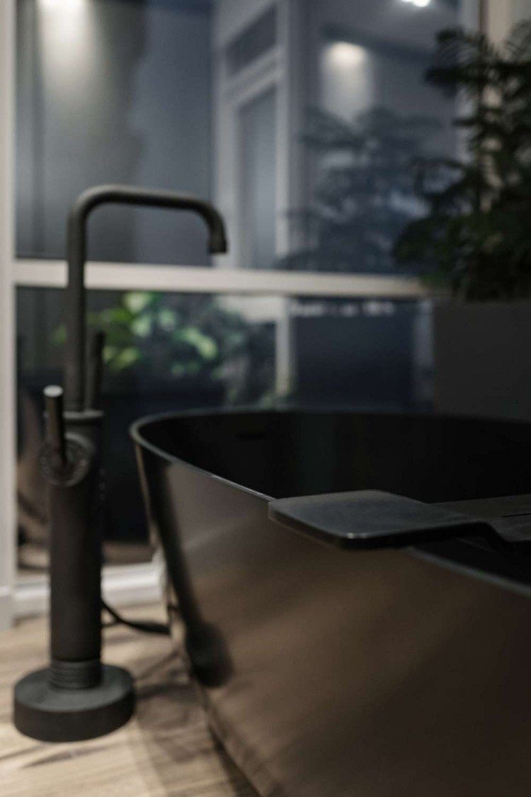 Детали ванной комнаты — Дизайн-проект квартиры в ЖК Сонячна Брама 175м.кв — студия дизайна TABOORET