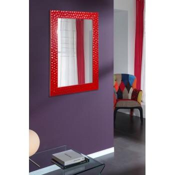 Зеркало настенное в красной раме