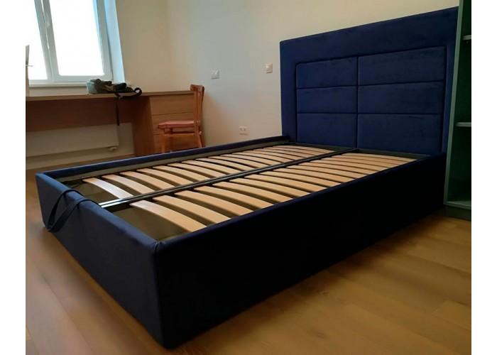 Кровать с мягкими панелями  3