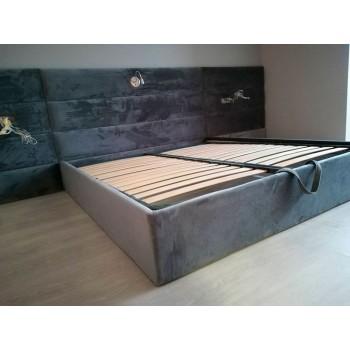 Кровать с ровными панелями