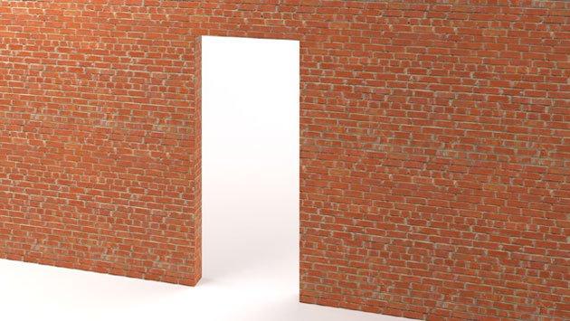 Кирпичные стены, при условии их строгой вертикальности —самый предпочтительный способ монтажа.