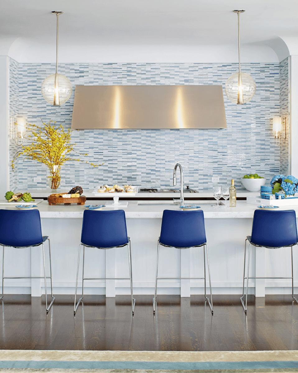 Наличие уникального цветового дисплея всегда отличная идея для вашей кухни.