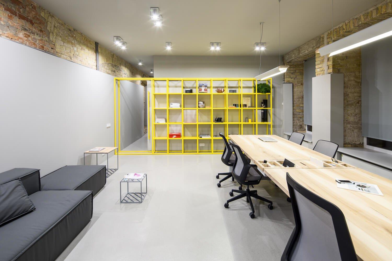 Интерьер офисного пространства компании FILD