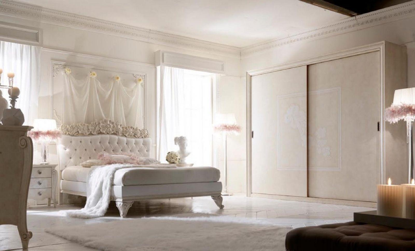 Спальня во французском стиле – романтика в каждой детали