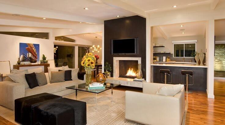 Напольное покрытие теплых коричнего-желтых оттенков древесины являются характерной чертой американского стиля.