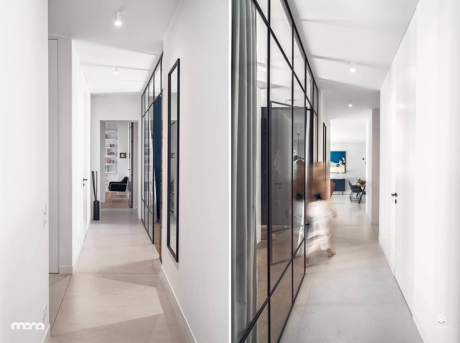 Благодаря использованию стеклянных перегородок помещение визуально увеличивается