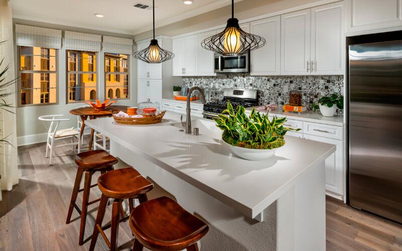 Располагайте плиту как можно дальше от окна, чтобы стихи огня и воздуха не сталкивались на вашей кухне