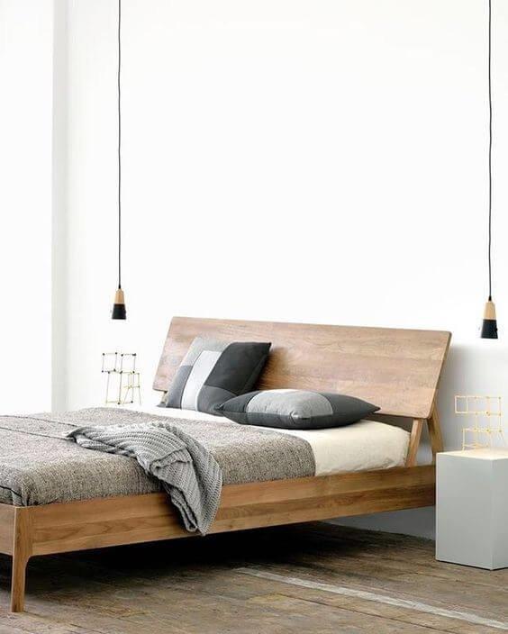 Деревянная кровать – это комфортная, функциональная и трендовая единица спальни.