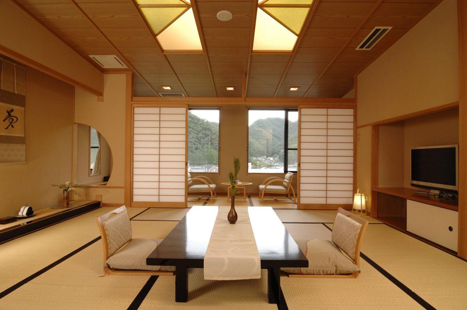 Интерьер в японском стиле – минимум мебели.