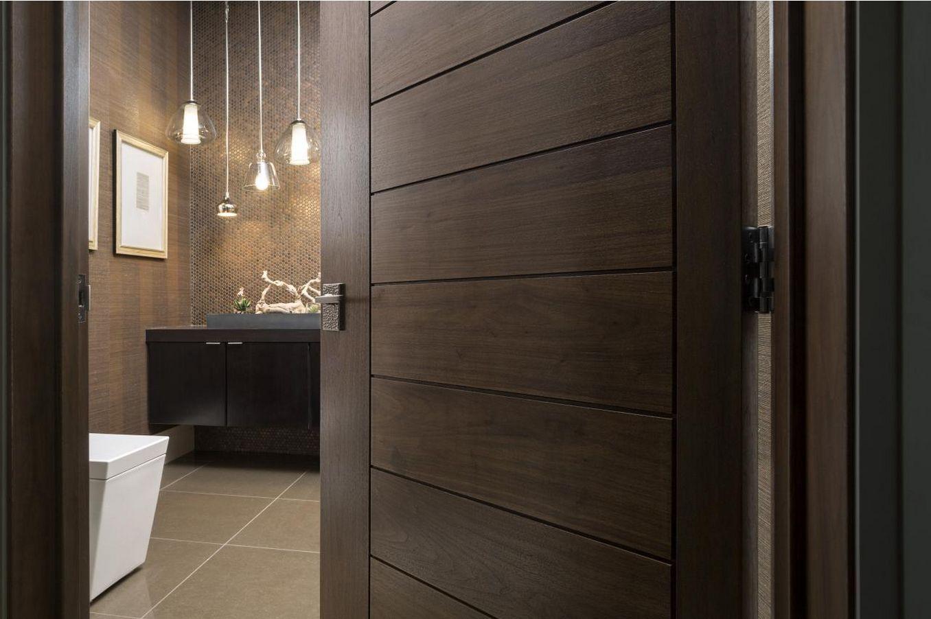 Дверь для ванной из качественного шпона
