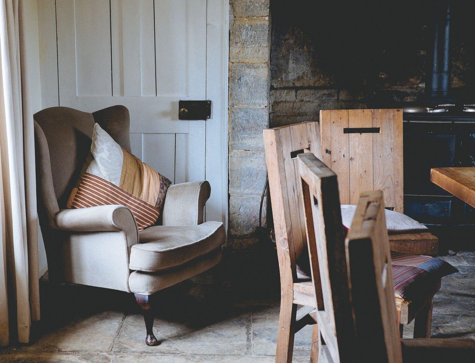Кресло - это идеальное дополнение к сбалансированной концепции интерьера.