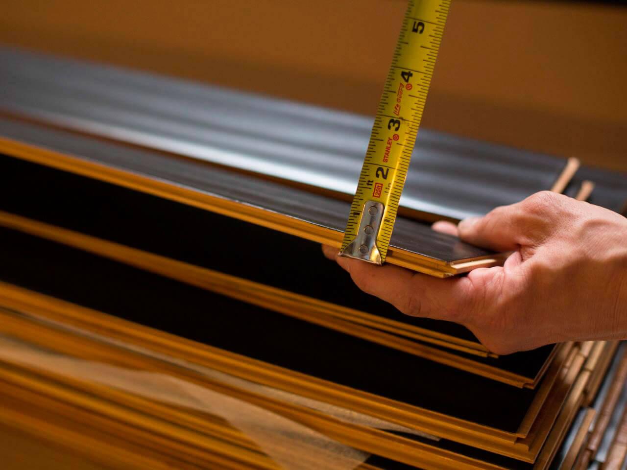 Измерение толщины доски