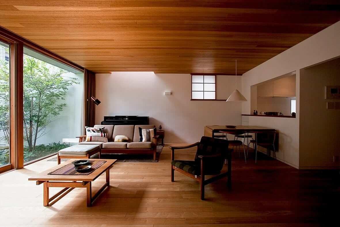 Восхищаться или ненавидеть – это Ваш выбор, но оставаться безразличным к японской мебельной культуре - невозможно