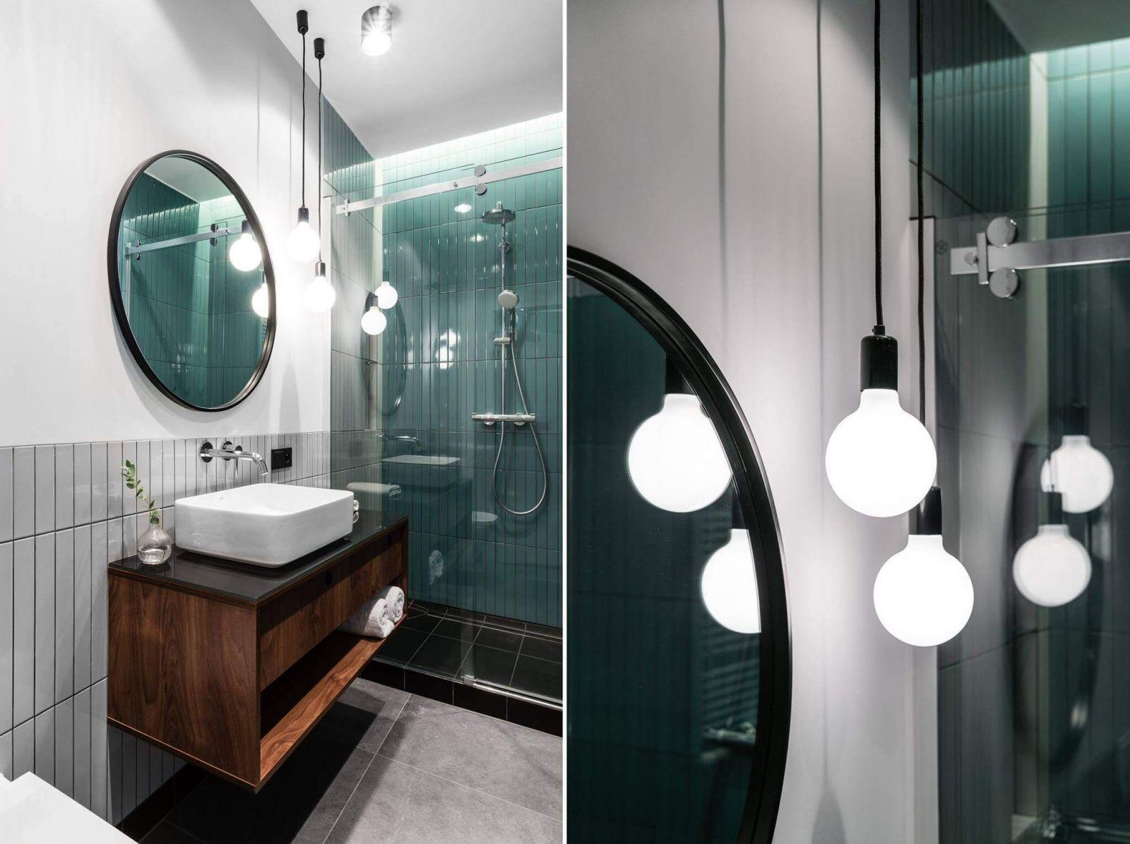 Интерьер санузла продолжает стилистику гостиной и спальне, как в выборе цветовой гаммы, так и в выборе отделочных материалов