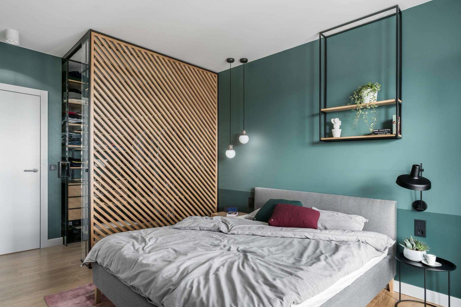 Спальня олицетворяет яркую индивидуальность её владельцев.