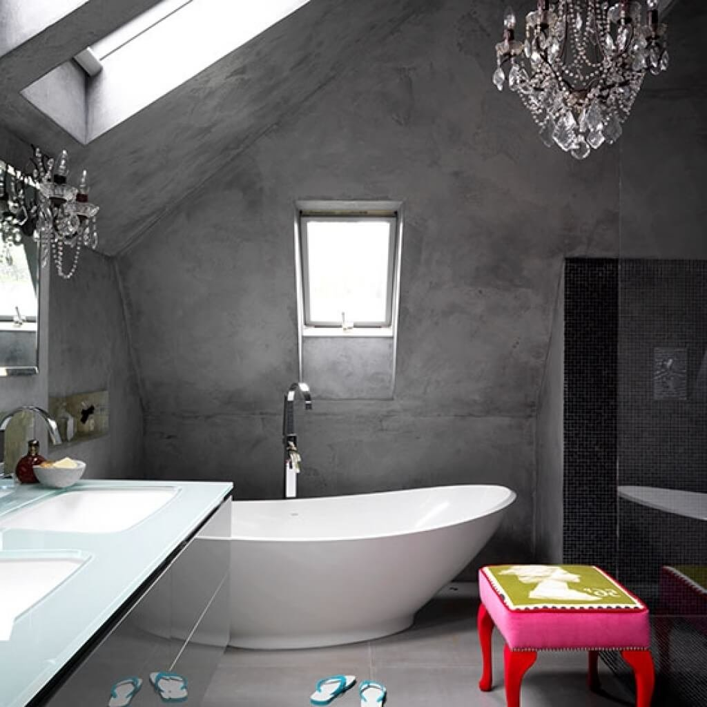 Серый оттенок заиграет по-новому в комбинации с черно-белой мебелью или контрастными аксессуарами для ванной комнаты.