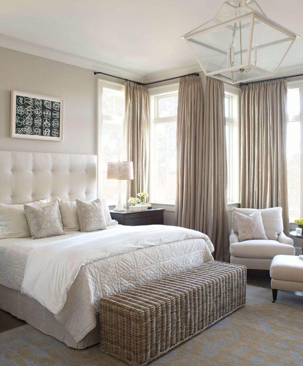 Фото штор в спальню. Ставку на сдержанность нейтральной цветовой гаммы