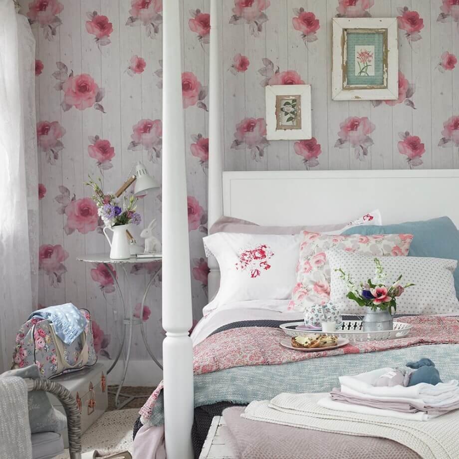 Розовый оттеночный спектр заиграет по-новому в оригинальном прочтении стиля шебби-шик.