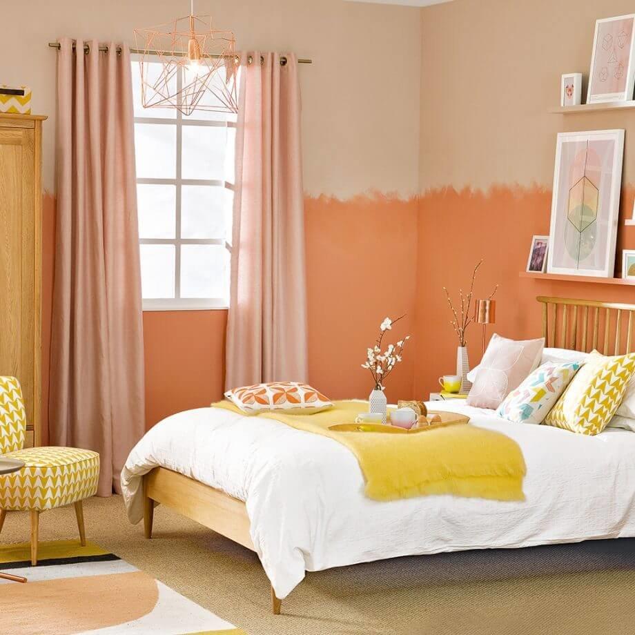 Создай интерьер в Средиземноморском стиле, сочетая в дизайне терракот с желтым цветом.