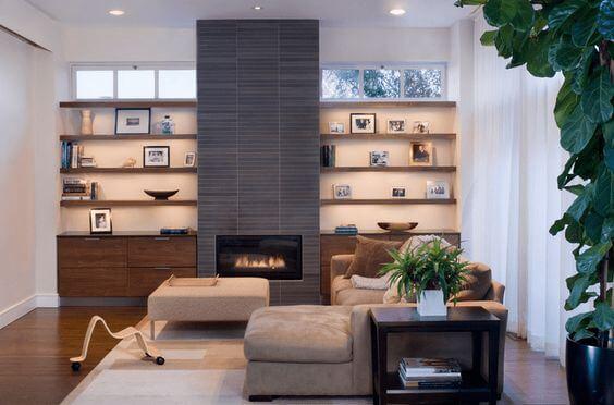 Используйте этот способ для интеграции камина в небольшие гостиные.