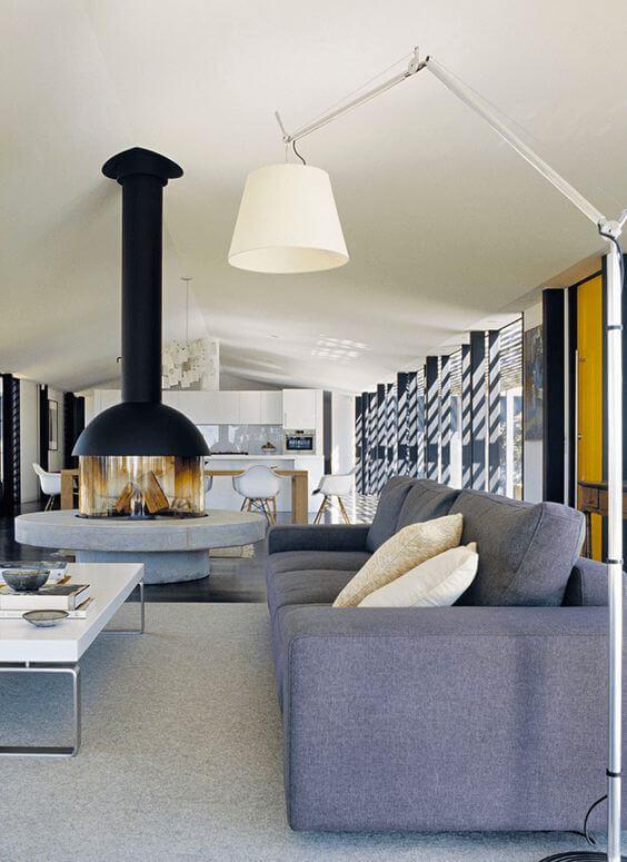 Оригинальный бетонный камин может стать Вашим творческим заявлением, размещенным в пространстве гостиной.