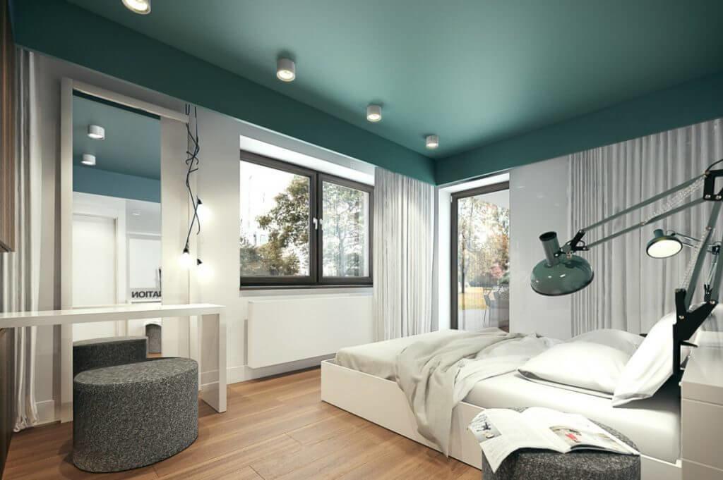 Использование Night Watch для оформления потолка диктует правила гармоничного сочетания: лаконичный декор и нейтральная цветовая основа.
