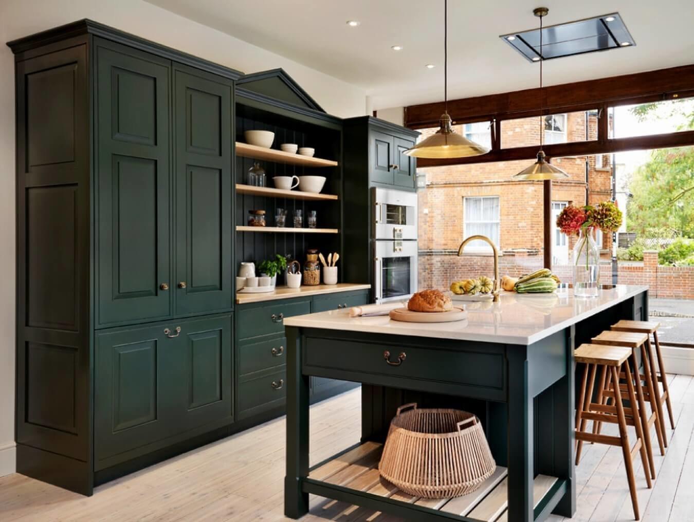 Кухонный гарнитур в цвете Night Watch - это изысканная роскошь, созданная для истинных ценителей  шедевров дизайн искусства.