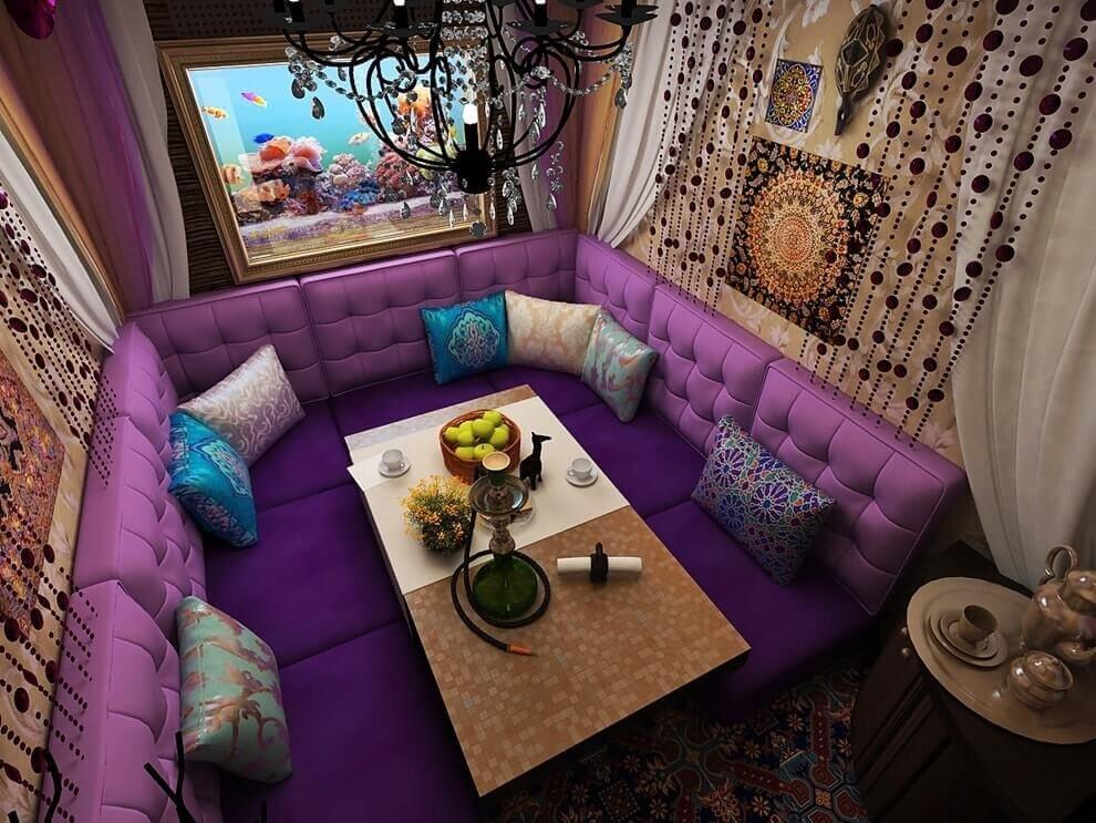 Восточная стилистика отлично подчеркнет глубину и экзотичность  цвета Ultra Violet.