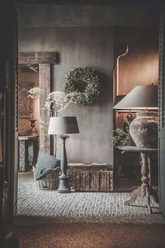 Сундук, корзина, журнальный столик, все что может быть так дорого для ваших воспоминай, найдет свое место.